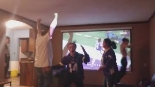 Download Lagu Vikings vs Saints - Best Fan Reactions to Stefon Diggs' miracle game winning Touchdown! (NFC/NFL) Mp3