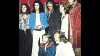 Three Dog Night - The Show Must Go On (1974) LIVE.