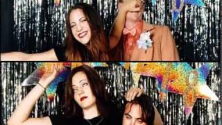 The Donnas - Strutter vídeo clip