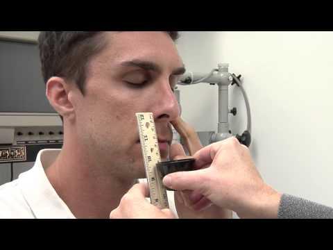 只要將花生醬放在鼻子下方,然後慢慢移動就能提早發現自己是否已患上「阿茲海默症」!