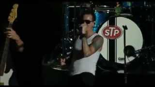 Stone Temple Pilots with Chester Bennington in KROQ Weenie Rost 2013 Trippin a Hole in a Papper Heart in the same show: http://www.youtube.com/watch?v=vBVsW_...