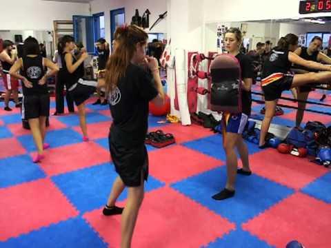 Allenamento corso base le donne ai colpitori team Collovigh 2010