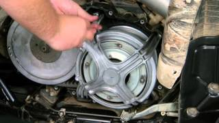 9. Ultimax Tips - Yamaha Grizzly drive belt change
