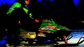 9. 2006 Arctic Cat Z570 LX Cold Start