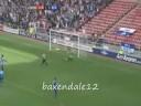 En agradecimiento a kenwyne jones por los goles hechos con el Sunderland
