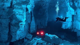 Video 7 Most Dangerous Underwater Caves MP3, 3GP, MP4, WEBM, AVI, FLV Maret 2019