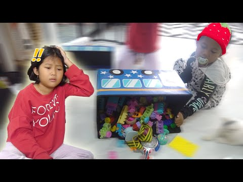 DUH !! RERE DISURUH JAGAIN ADIK BAYI SENDIRIAN !!