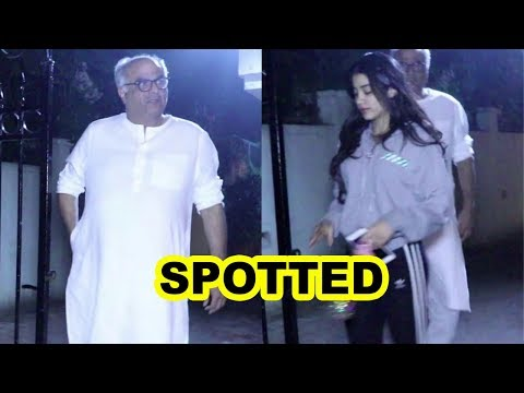 Janhvi  & Boney Kapoor Spotted At Arjun Kapoor's House