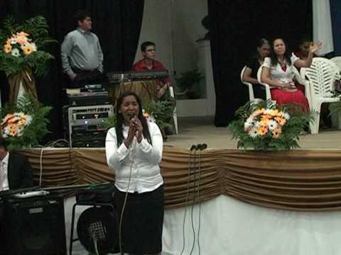 Cantora Glaucia Novais - Stª do Mato
