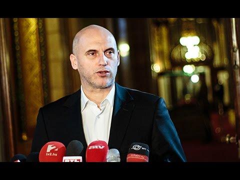 A Fidesz nem lát és nem hall
