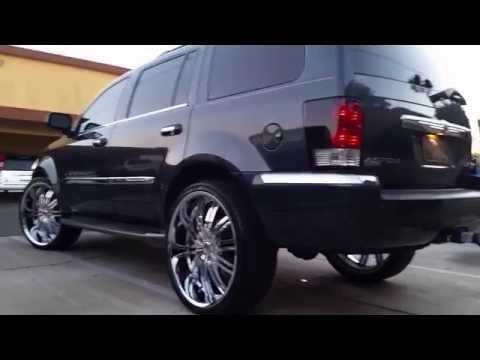 Chrysler Aspen 5.7L Hemi on Flowmaster super 10