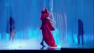 Rihanna - Only Girl, S&M y What`s My Name Brit Awards