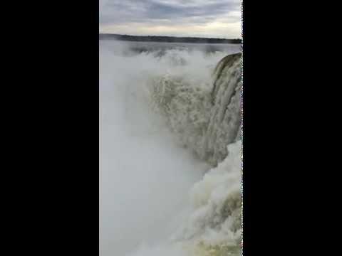 Vídeo Cataratas del Iguazú: Disfruta imágenes en cámara lenta y sentí la maravilla de esta grandeza