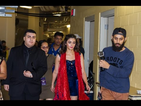 Video Live performance Alia Bhatt - performing at the CFE Arena download in MP3, 3GP, MP4, WEBM, AVI, FLV January 2017