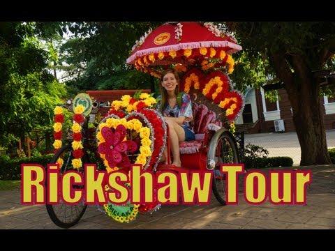 VIDEO: Rickshaw Tour of Malacca, Malaysia