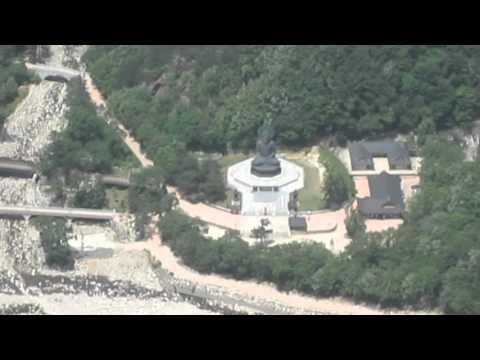 Горы Сораксан и монастырь Наксанса