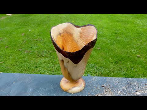 31# woodturning a yew vase