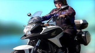 8. Honda nc700x Review, Fuel Test, MPG, Range, DCT, dual clutch transmission.