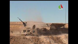 Oran : Ahmed Gaid Salah supervise un exercice tactique avec des munitions réelles.