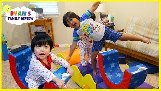 Video Obstacle Course Pretend Play with Ryan, Emma , and Kate!!! MP3, 3GP, MP4, WEBM, AVI, FLV Agustus 2018