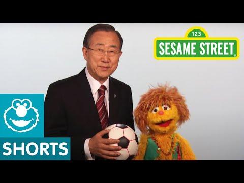 Sesame Street: Kami and UN Secretary General Ban Ki-Moon – Every Woman Every Child PSA