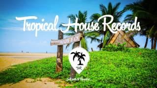 Download Lagu Charlie Puth - One Call Away (KLYMVX Remix) Mp3