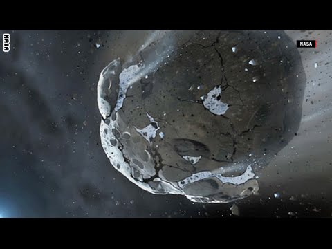 """كويكب ضخم يمر قرب الأرض والعلماء """"يترقبون"""" - فيديو"""