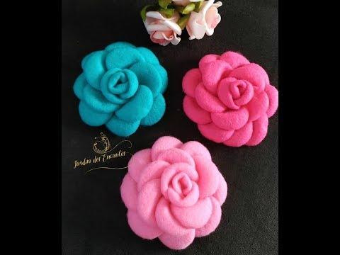 meravigliosi fiori realizzati in feltro
