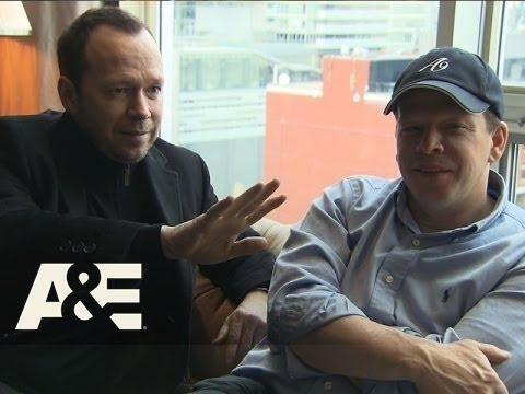 Wahlburgers: Donnie is The Cereal Chef (Season 3, Episode 10) | A&E