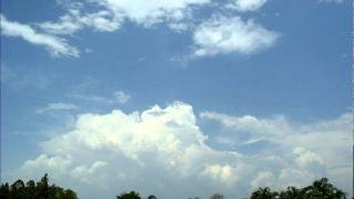 Cumulonimbus and rain visible from Millner, Darwin, Australia (time-lapse) - October 16, 2011
