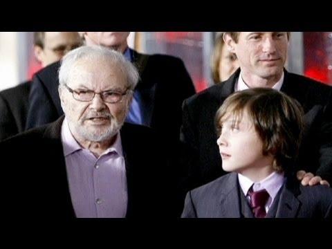 وفاة موريس سينداك مؤلف كتب الأطفال الأمريكي - فيديو
