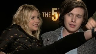 Nonton The Fifth Wave Cast Plays Film Subtitle Indonesia Streaming Movie Download