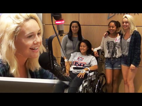 *LIVE* - Bea Miller - Pompeii (Bastille Cover) - http://bit.ly/beaPOMPEII Bea takes some time to visit fans at the Children's Hospital. She also talks about her new album! Young Blood - https://www.youtube...