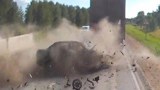 Жесткие аварии грузовиков с автомобилями в  2015 году