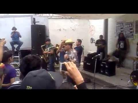 Los Skarnales -Rudy Rude Boy- (EN EL CHOPO)