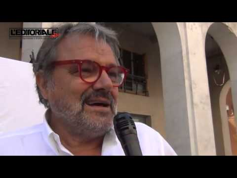 """Oliviero Toscani: """"la natura non vi vuole"""""""