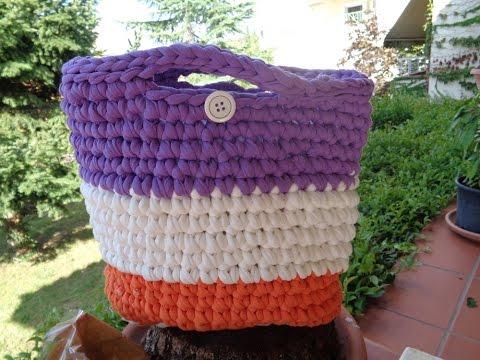 πλεξιμο - Πλέξτε μια όμορφη τσάντα και πολλά άλλα με υφασμάτινο νήμα ,δηλαδή λωρίδες απο παλιές μπλούζες λίγο ελαστικές ( κανονικά χρειάζεται...