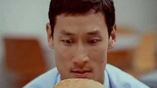 BURGER KING TV COMMERCIAL EAT LIKE SNAKE