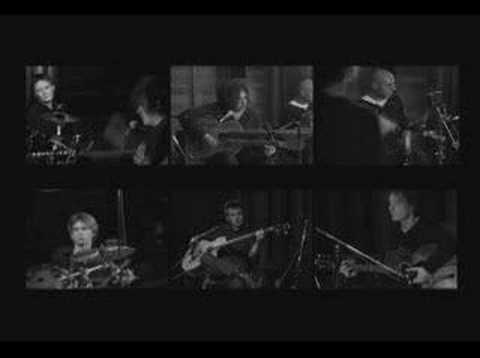 ����� Cure - Lullaby (Acoustic Version)