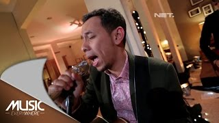 Video Jikustik - Pandangi Langit Malam Ini - Music Everywhere (Pongki Barata Cover) MP3, 3GP, MP4, WEBM, AVI, FLV Januari 2018