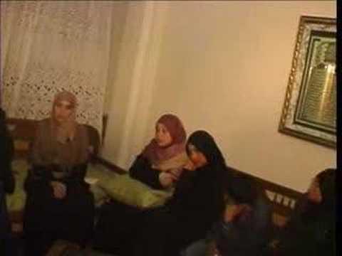d'être une fille d'un prisonnier politique dans la Tunisie de Ben Ali.