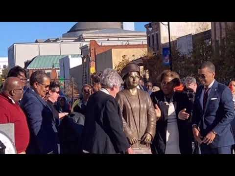 Rosa parks is honored with a statue in Montgomery   TEALOG