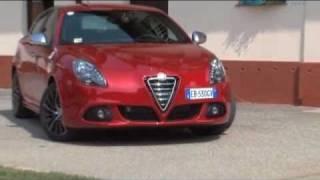 Essai Alfa Romeo Giulietta 1750 TBi Quadrifoglio Verde - YouTube