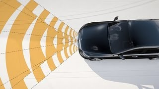Mercedes-Benz TV: BAS PLUS with Cross-Traffic Assist