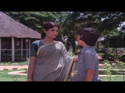 Prema Tarangalu Movie || Savitri Take Child with Her Sentiment Scene || Krishnam Raju, Chiranjeevi