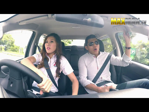 Sales Girl Drifts Customers in Pickup Truck