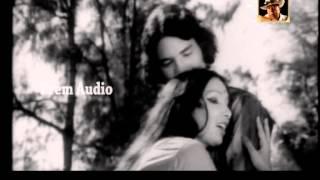 Video Akshaya Mohanty & Geeta Patnaik sings 'Nadi Phere Sagaraku..' in Odia Movie 'Naga Phasa'(1977) download in MP3, 3GP, MP4, WEBM, AVI, FLV January 2017