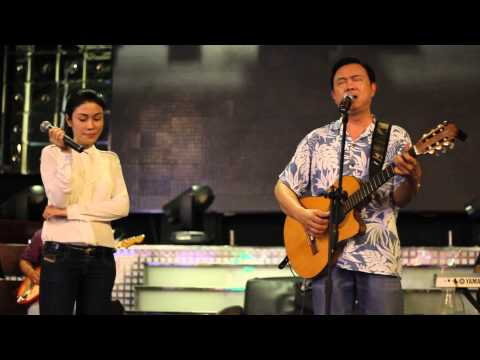 behind the stage _ Chí Tài & Uyên Trang _ LÂU ĐÀI TÌNH ÁI part 1