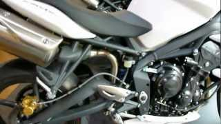 6. Triumph Street Triple R 675 / Triumph Speed Triple 1050 2012 * see also Playlist