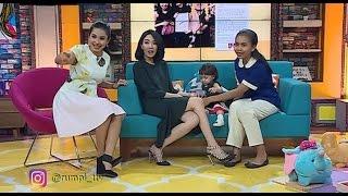 Download Video Rumpi Giselle Dan Siti Syalala Baby Sitter Yang Lagi Jadi Tenar MP3 3GP MP4